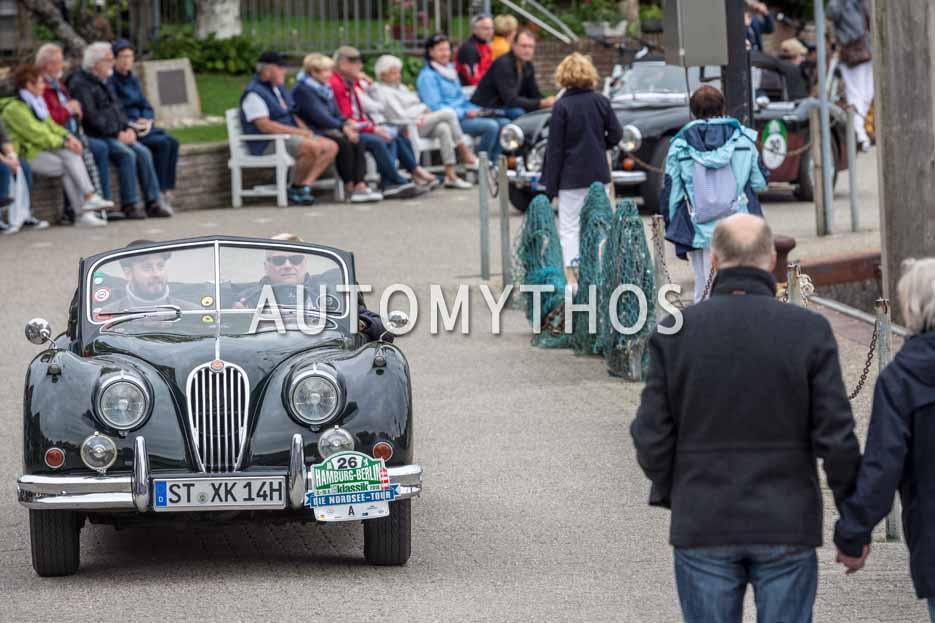 Automythos | 11. Hamburg Berlin Klassik 2018 | 26 | Dr. Hans-Jakob Odenthal & Dr. Philipp Edelmann | Jaguar XK140 3.4 SE DHC