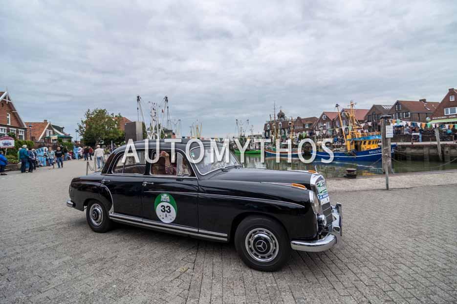 Automythos | 11. Hamburg Berlin Klassik 2018 | 33 | Rainer Kloss & Regina Kloss | Mercedes-Benz 220 S
