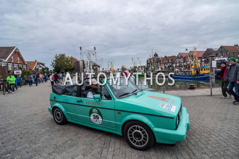 Automythos | 11. Hamburg Berlin Klassik 2018 | 36 | Pierre Littbarski & Andreas Hornig | Volkswagen Golf I Cabriolet