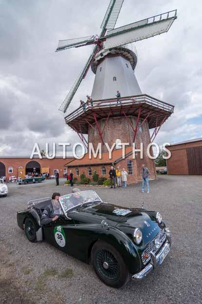 Automythos | 11. Hamburg Berlin Klassik 2018 | 38 | Philipp Neumann & Christoph Kleiner | Triumph TR3A