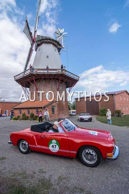 Automythos | 11. Hamburg Berlin Klassik 2018 | 47 | Claudius Colsman & Tim Westermann | Volkswagen Karmann-Ghia Cabriolet