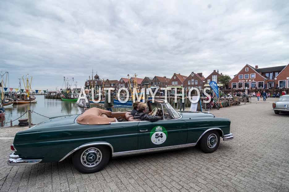 Automythos | 11. Hamburg Berlin Klassik 2018 | 54 | Alexander Knälmann & Moritz Stürken | Mercedes-Benz 220 SEb