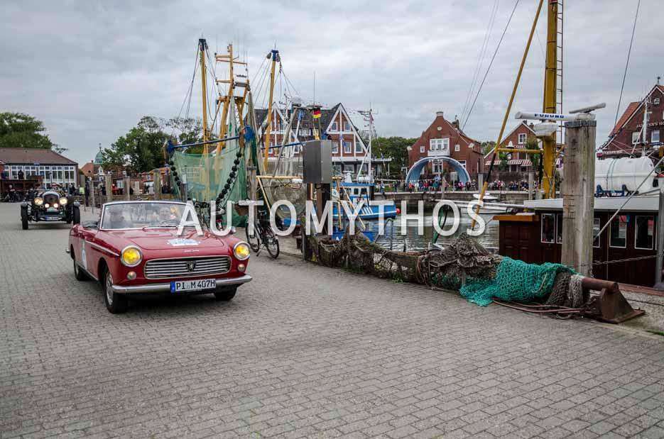 Automythos | 11. Hamburg Berlin Klassik 2018 | 61 | Franco Mathias & Fabio Mathias | Peugeot 404 Cabriolet