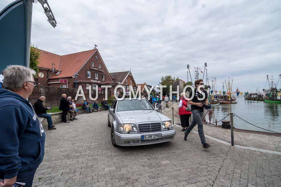 Automythos | 11. Hamburg Berlin Klassik 2018 | 67 | Robin Hornig & Patrik Gottwick | Mercedes-Benz E 500 Limited
