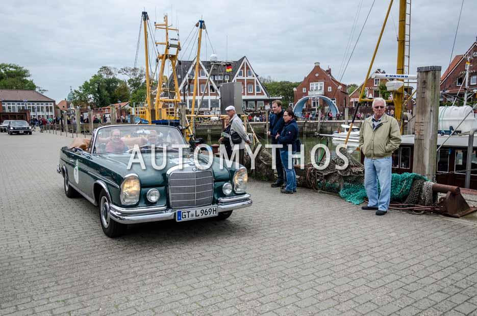 Automythos | 11. Hamburg Berlin Klassik 2018 | 71 | Antje Hörmann & Karla Hörmann | Mercedes-Benz 300 SE