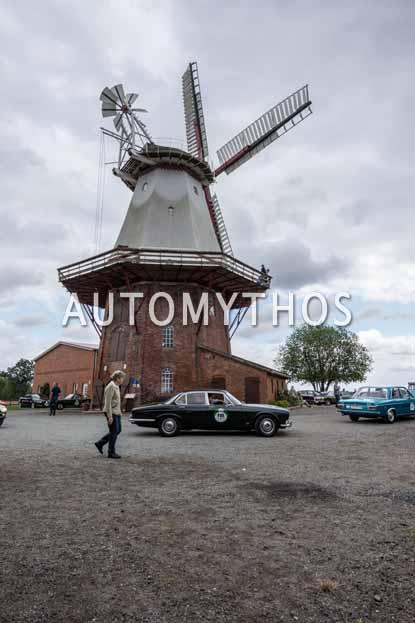Automythos | 11. Hamburg Berlin Klassik 2018 | 118 | Martin Firnhaber & Frauke Wandrey | Jaguar XJ6 Series 1