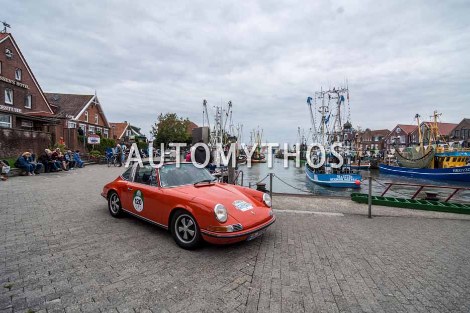 Automythos | 11. Hamburg Berlin Klassik 2018 | 120 | Jörg Kaffanke & Petra Kaffanke | Porsche 911 T 2.4 Targa