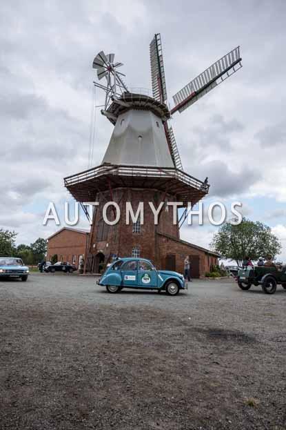 Automythos | 11. Hamburg Berlin Klassik 2018 | 124 | Uwe Schovanka & Karl-Ernst Meyer | Citroën 2 CV 4