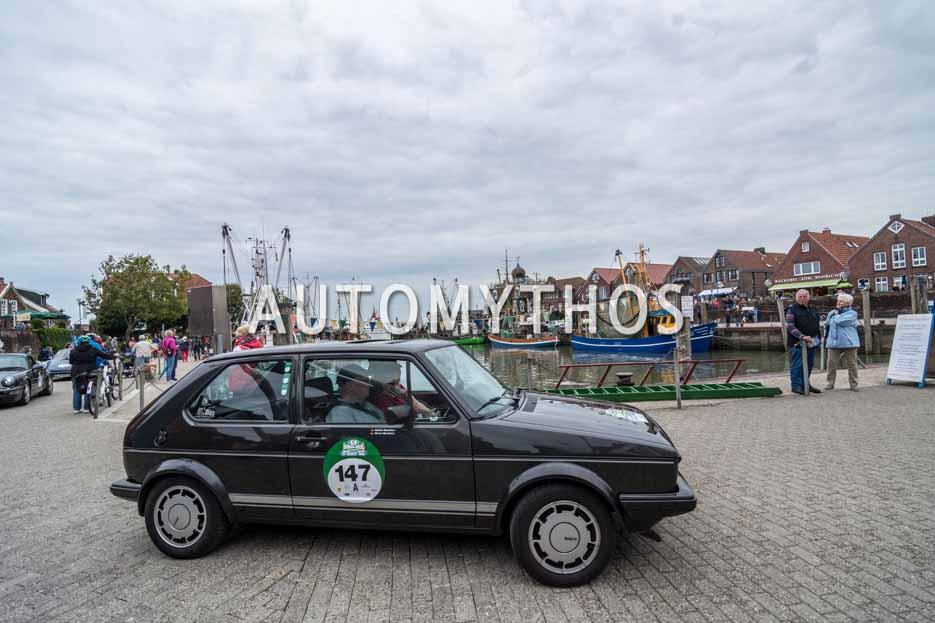 Automythos | 11. Hamburg Berlin Klassik 2018 | 147 | Kathrin Maxheimer & Werner Maxheimer | Volkswagen Golf I GTI Pirelli