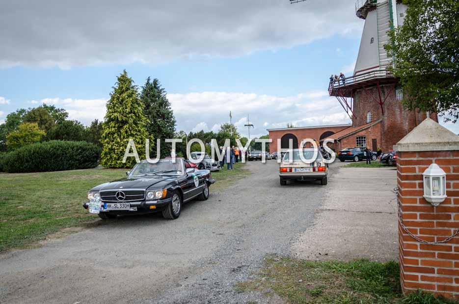 Automythos | 11. Hamburg Berlin Klassik 2018 | 153 | Stefan Grewe & Stefan Sauer | Mercedes-Benz 380 SL
