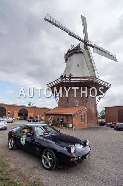 Automythos | 11. Hamburg Berlin Klassik 2018 | 157 | Peter Steiger & Sonia Steiger | Porsche 928 S