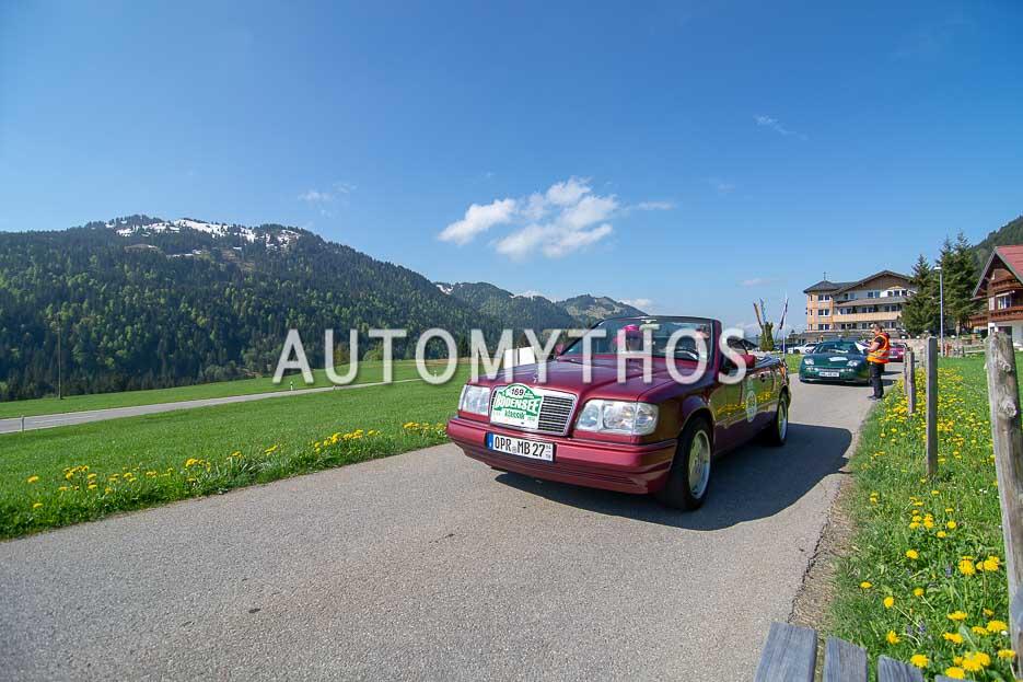 Automythos | 7. Bodensee Klassik 2018 | 169 | Hans-Jürgen Keitel & Isabel Born | Mercedes-Benz E 220 Cabriolet