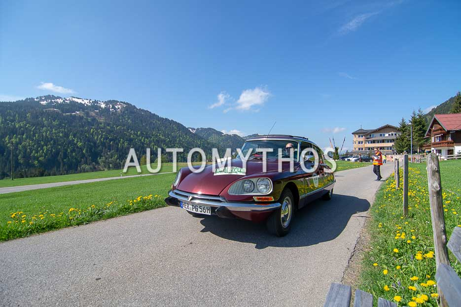 Automythos | 7. Bodensee Klassik 2018 | 179 | Patrick Graeffly & Dr. Bettina Boost-Graeffly | Citroën DS 21 Pallas Injection