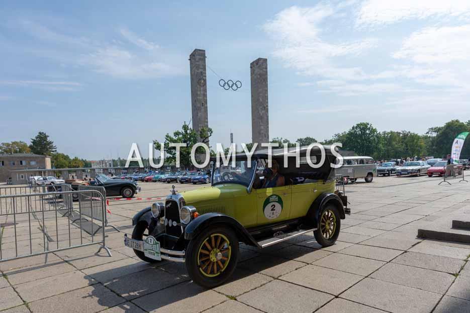 Automythos | 12. Hamburg Berlin Klassik 2019 | 2 | Dr. Diedert Peschel & Helga Werner | Willys-Overland Whippet 96