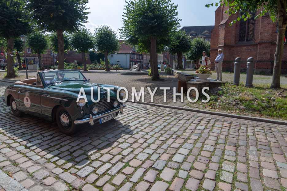Automythos | 12. Hamburg Berlin Klassik 2019 | 9 | Matthias Hübener & Axel Dietz | Austin A40 Sports