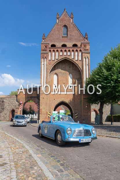 Automythos | 12. Hamburg Berlin Klassik 2019 | 10 | Rainer Penning & Holger Fries | Simca Super Cabriolet