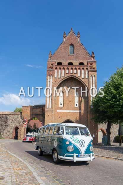 Automythos | 12. Hamburg Berlin Klassik 2019 | 12 | Jann Kleemeyer & Petra Kleemeyer | Volkswagen T1 Sambabus