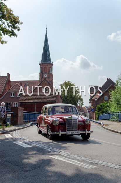 Automythos | 12. Hamburg Berlin Klassik 2019 | 13 | Michel Hannig & Karla Hannig | Mercedes 180