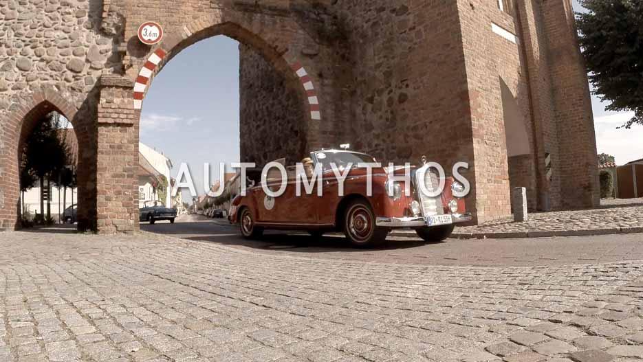 Automythos | 12. Hamburg Berlin Klassik 2019 | 14 | Bernd Richter & Heidrun Richter | Mercedes 300 Cabriolet