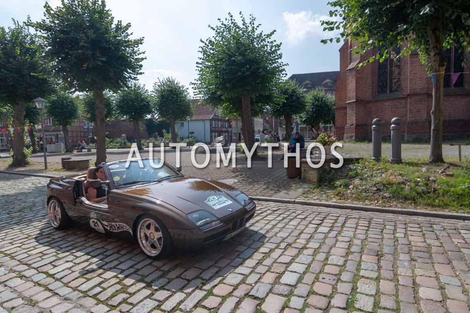 Automythos | 12. Hamburg Berlin Klassik 2019 | 21 | Frank Sauerland & Sonja Sauerland | BMW Z1