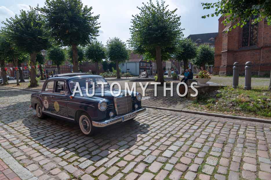 Automythos | 12. Hamburg Berlin Klassik 2019 | 34 | Dirk Klöß & Christine Klement-Klöß | Mercedes 180 c