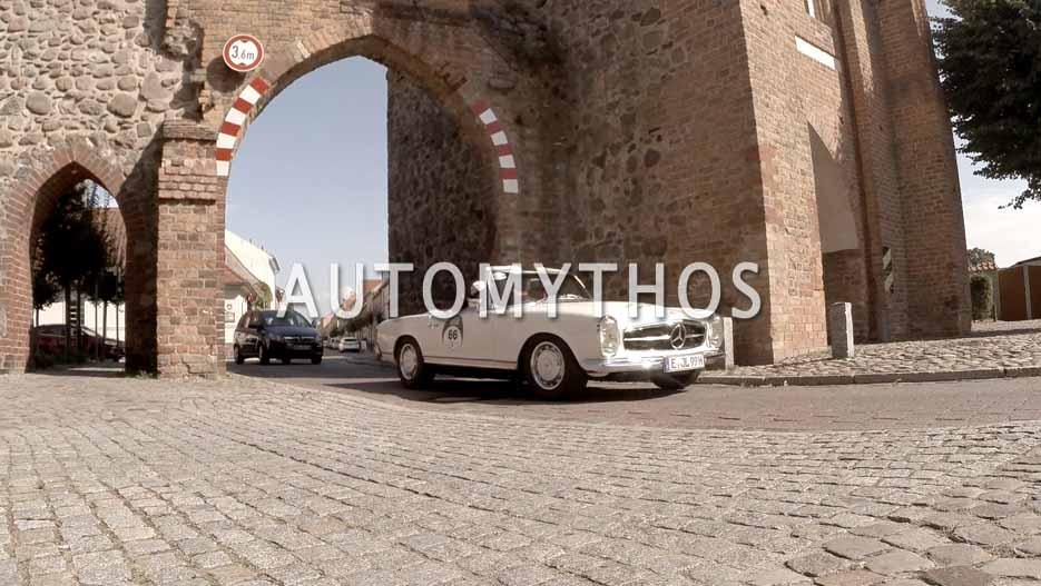 Automythos | 12. Hamburg Berlin Klassik 2019 | 66 | Jürgen Langensiepen & Andrea Langensiepen | Mercedes 250 SL