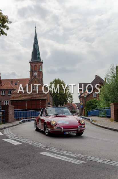 Automythos | 12. Hamburg Berlin Klassik 2019 | 70 | Britta-Christin Rehberg & Christian Madey | Porsche 911 E Targa