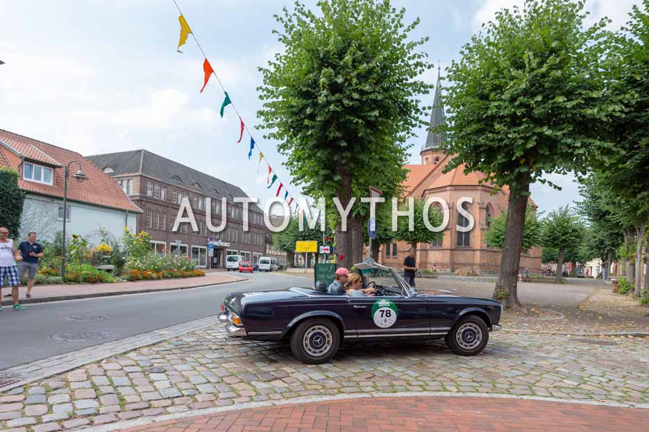 Automythos | 12. Hamburg Berlin Klassik 2019 | 78 | Andre Klindworth & Anja Klindworth | Mercedes 280 SL