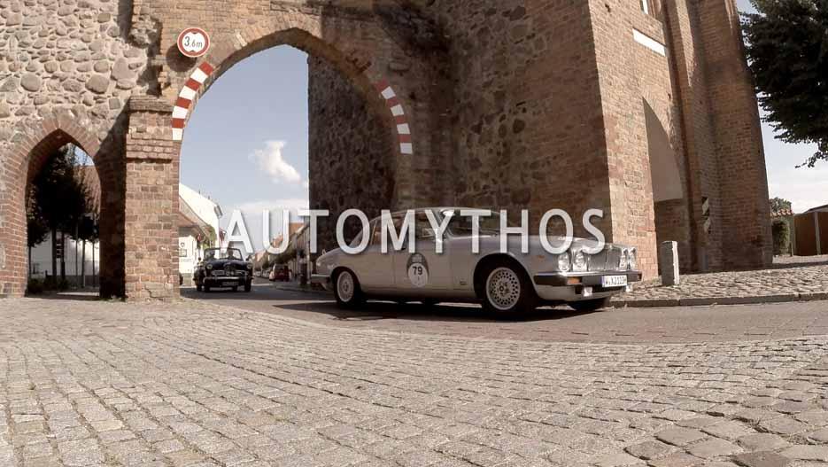 Automythos | 12. Hamburg Berlin Klassik 2019 | 79 | Sascha Lampasiak & Alexandra Lampasiak | Jaguar XJ12 Sovereign