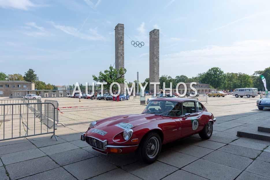Automythos | 12. Hamburg Berlin Klassik 2019 | 96 | Manfred Hunold & Britta Mattern | Jaguar E-Type V12 Serie 3