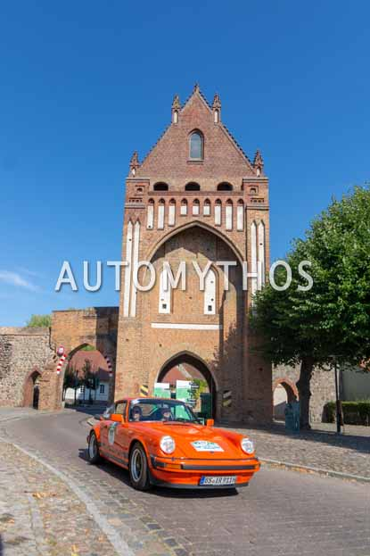 Automythos | 12. Hamburg Berlin Klassik 2019 | 117 | Dr. Henning Rauls & Delia Rauls | Porsche Carrera 3.0