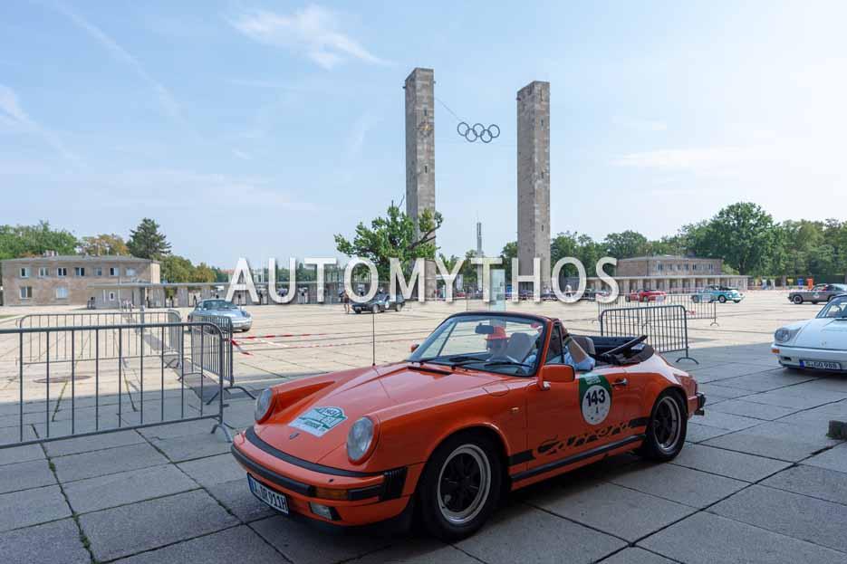 Automythos | 12. Hamburg Berlin Klassik 2019 | 143 | Robert Graf von Hardenberg & Judith Irrgang | Porsche 911 Carrera Cabriolet